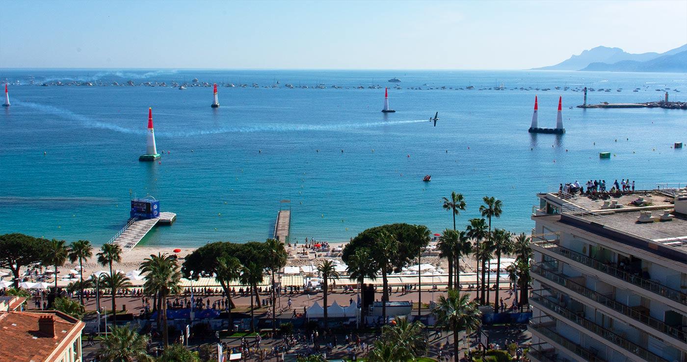 Red Bull Air Race, l'événement historique à Cannes